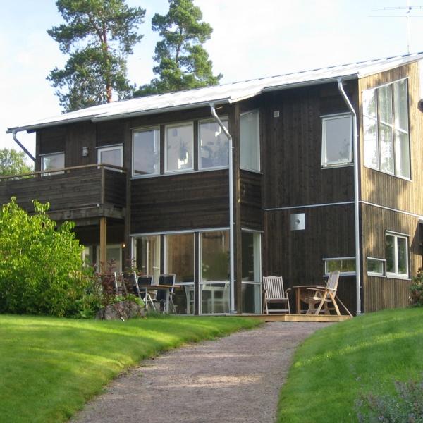 Välj staket till ditt hus. Foto Pilgrimstadhus.