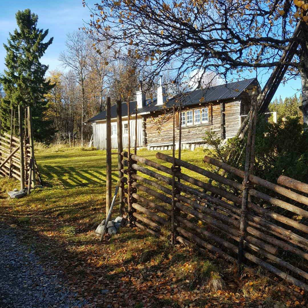Gärdsgård, modell Jämtgård vid fäbod i Hede Härjedalen.